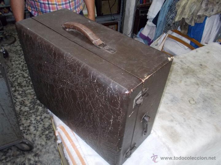 Gramófonos y gramolas: Gramola Columbia Funcionando - Foto 2 - 44338439