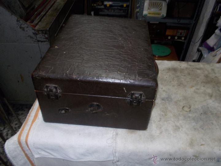 Gramófonos y gramolas: Gramola Columbia Funcionando - Foto 9 - 44338439