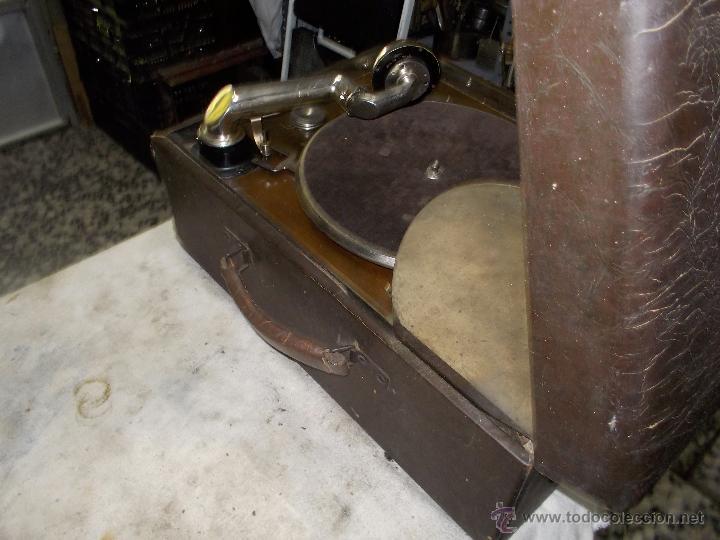 Gramófonos y gramolas: Gramola Columbia Funcionando - Foto 13 - 44338439