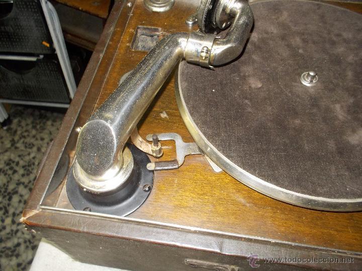 Gramófonos y gramolas: Gramola Columbia Funcionando - Foto 14 - 44338439