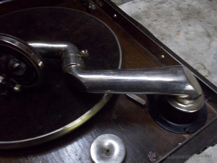 Gramófonos y gramolas: Gramola Columbia Funcionando - Foto 18 - 44338439