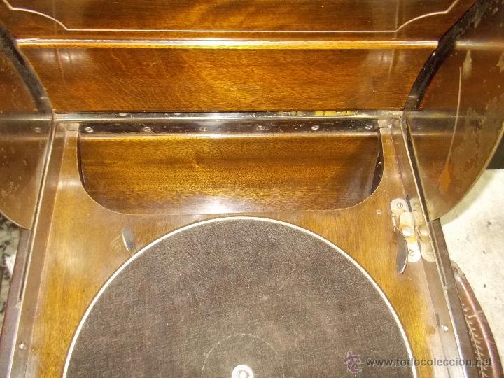 Gramófonos y gramolas: Gramola Columbia Funcionando - Foto 24 - 44338439