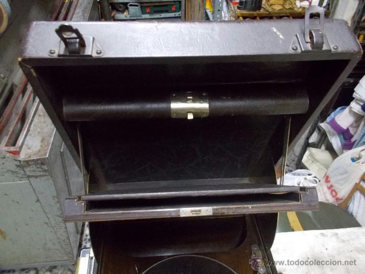 Gramófonos y gramolas: Gramola Columbia Funcionando - Foto 26 - 44338439
