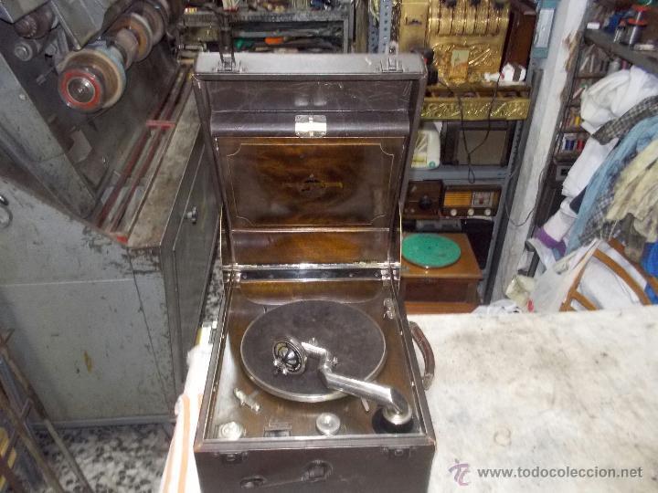 Gramófonos y gramolas: Gramola Columbia Funcionando - Foto 31 - 44338439