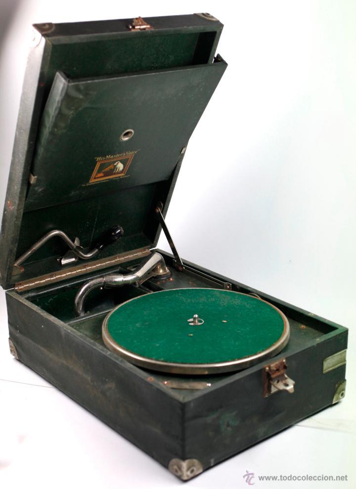GRAMOLA DE MANO 29X41 CM. VER FOTOS ANEXAS (Radios, Gramófonos, Grabadoras y Otros - Gramófonos y Gramolas)