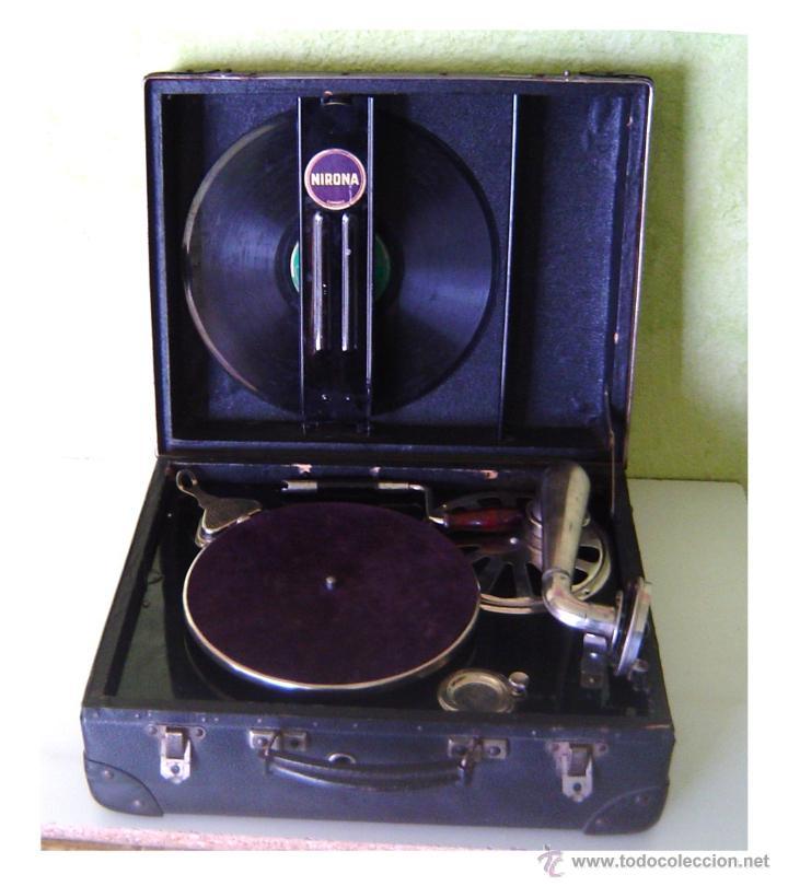 MALETA GRAMOFONO GRAMOLA DE COLECCION , MARCA NIRONA (Radios, Gramófonos, Grabadoras y Otros - Gramófonos y Gramolas)