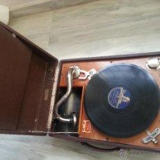 Gramófonos y gramolas: ANTIGUO GRAMOFONO FRANCES SON D¨OR DE BERODY PARIS EN MALETA JANDELLY. Lote 45313211