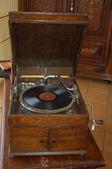 GRAMOLA DULCETTO MADE IN ENGLAND, SIGLO XX (Radios, Gramófonos, Grabadoras y Otros - Gramófonos y Gramolas)