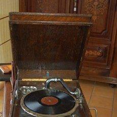 Gramófonos y gramolas: ANTIGUO GRAMÓFONO - GRAMOLA - MARCA DULCETTO - MADE IN ENGLAND - FUNCIONA - PRINCIPIOS- SIGLO XX. Lote 47292595