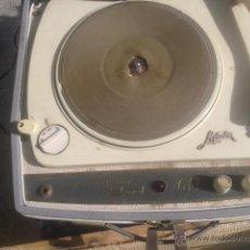 Gramófonos y gramolas: TOCADISCOS GRAMOFONO, MELODIA HISPANO SUIZA WEEKEND 613 FUNCIONA TODO ORIGINAL. Lote 48010368