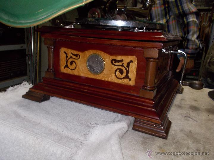 Gramófonos y gramolas: Gramofono de La voz de su amo funcionando - Foto 5 - 48388492
