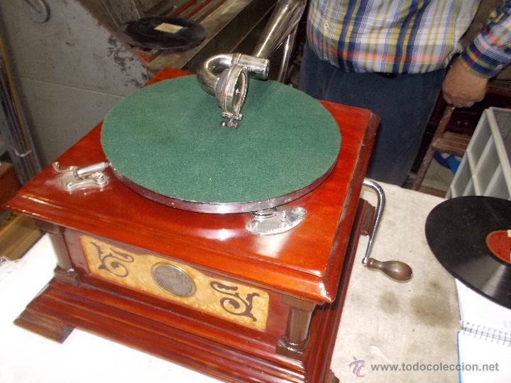 Gramófonos y gramolas: Gramofono de La voz de su amo funcionando - Foto 6 - 48388492