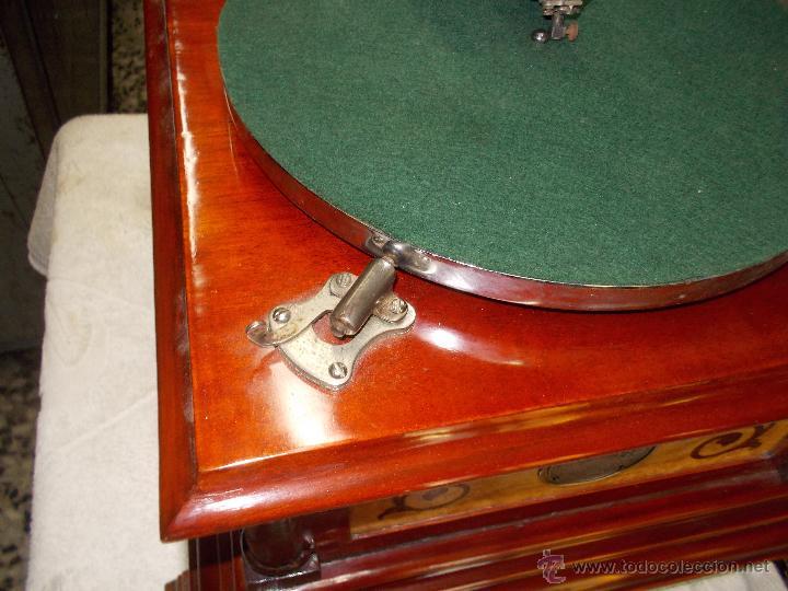 Gramófonos y gramolas: Gramofono de La voz de su amo funcionando - Foto 7 - 48388492