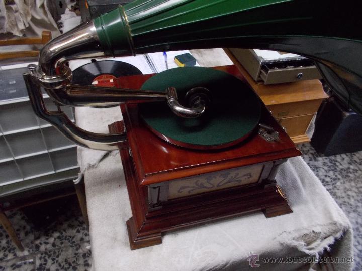 Gramófonos y gramolas: Gramofono de La voz de su amo funcionando - Foto 13 - 48388492
