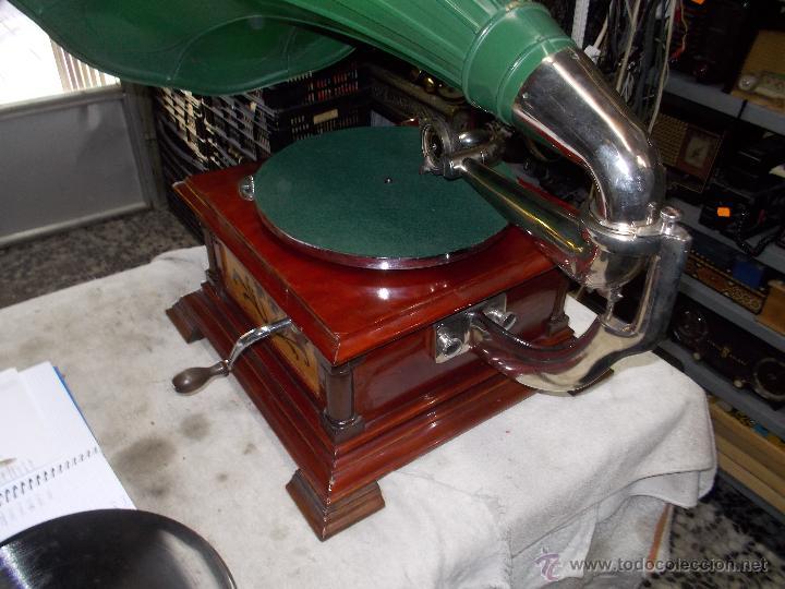 Gramófonos y gramolas: Gramofono de La voz de su amo funcionando - Foto 16 - 48388492
