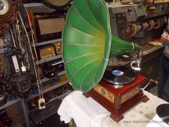 Gramófonos y gramolas: Gramofono de La voz de su amo funcionando - Foto 19 - 48388492