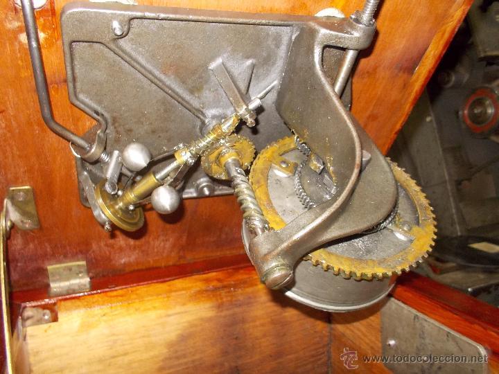 Gramófonos y gramolas: Gramofono de La voz de su amo funcionando - Foto 26 - 48388492