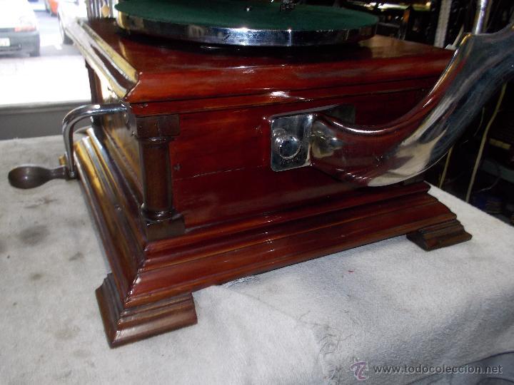 Gramófonos y gramolas: Gramofono de La voz de su amo funcionando - Foto 36 - 48388492