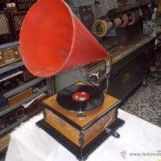 Gramófonos y gramolas: GRAMOFONO SOUND MASTER REPRODUCCION. Lote 48906983