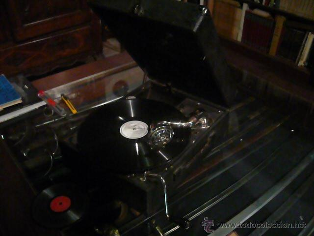 Gramófonos y gramolas: Gramola, Gramófono o tocadiscos antiguo portatil, marca Pathé Paris, en perfecto funcionamento - Foto 5 - 49190015