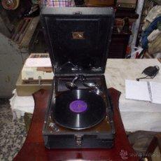 Gramófonos y gramolas: GRAMOLA HIS MASTER VOICE. Lote 50217314