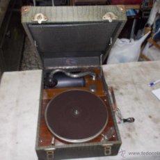 Gramófonos y gramolas: GRAMOLA DIANA FUNCIONANDO. Lote 50396092