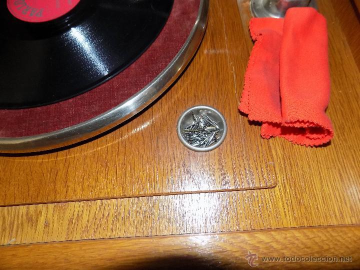 Gramófonos y gramolas: gramofono de mueble, funcionando, buen estado - Foto 4 - 52934478