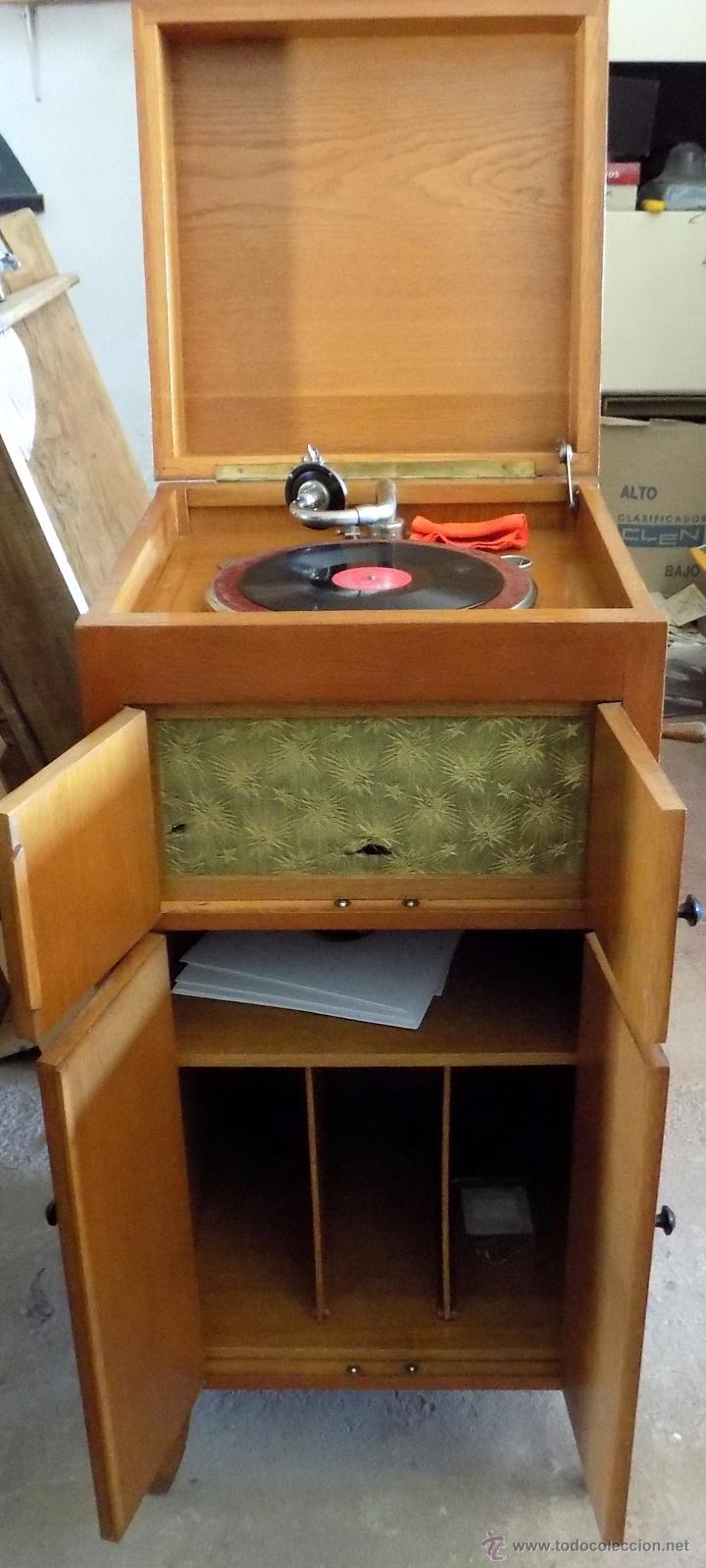 Gramófonos y gramolas: gramofono de mueble, funcionando, buen estado - Foto 8 - 52934478
