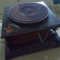 Gramófonos y gramolas: GRAMOFONO O GRAMOLA LA VOZ DE SU AMO PARA DESGUACE. Lote 53286533