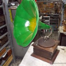 Gramófonos y gramolas: GRAMOFONO MARCA DESCONOCIDA. Lote 54353312