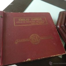 Gramófonos y gramolas: ALBUN ANTIGUO DE DISCOS DE PIZARRA REGAL (ACEPTO OFERTAS). Lote 54932410