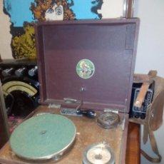 Gramófonos y gramolas: ANTIGUA Y RARA GRAMOLA . Lote 55087432