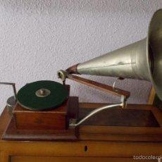 Gramófonos y gramolas: GRAMOFONO TIPO BERLINER. Lote 55322125