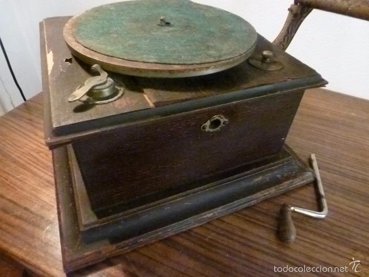 Gramófonos y gramolas: gramofono con trompa - Foto 2 - 57225326