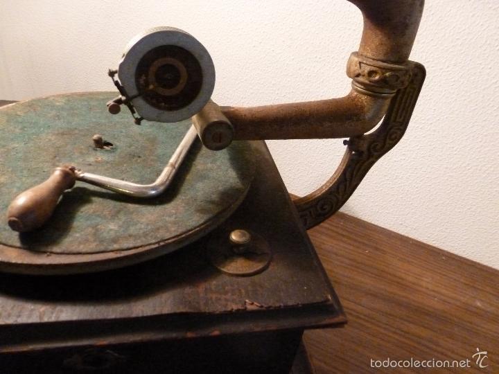 Gramófonos y gramolas: gramofono con trompa - Foto 18 - 57225326