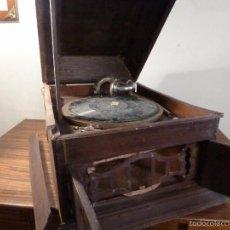 Gramófonos y gramolas: GRAMOFONO. Lote 57235272
