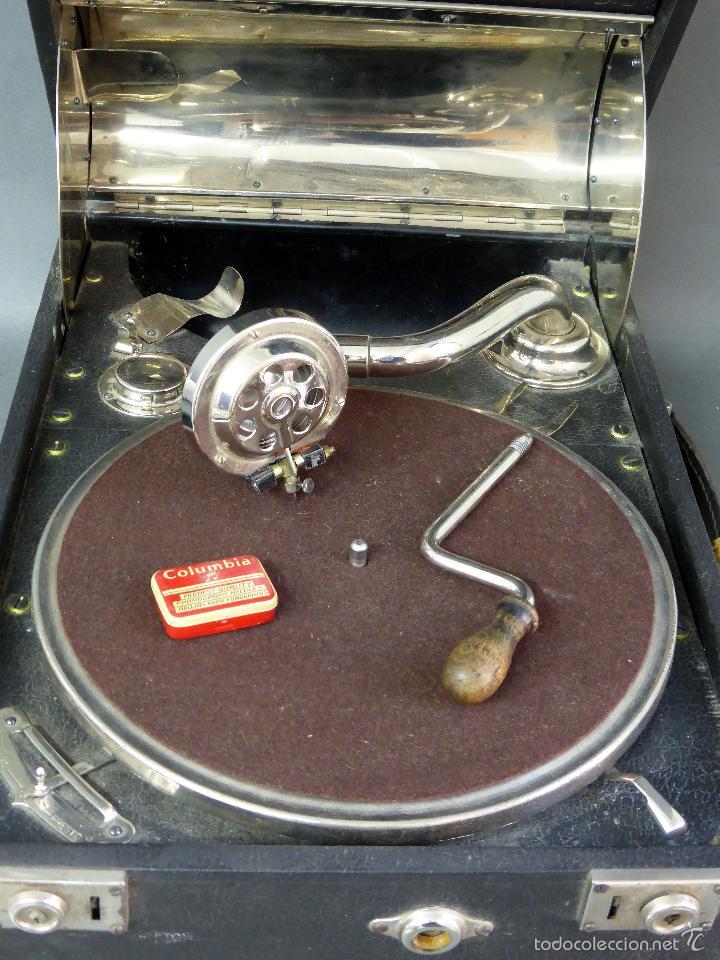 Gramófonos y gramolas: Icáfono gramófono Caba Ureña Madrid años 20 con maleta Estado de marcha caja agujas - Foto 2 - 57603617