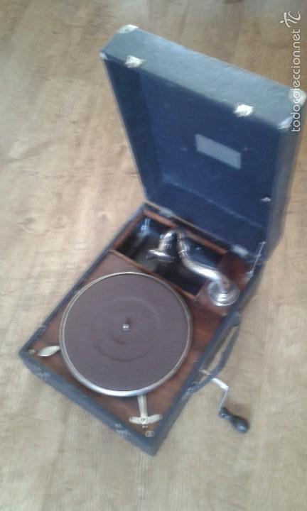 GRAMOLA GRAMÓFONO PORTATIL (Radios, Gramófonos, Grabadoras y Otros - Gramófonos y Gramolas)