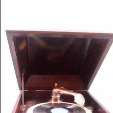 Gramófonos y gramolas: ANTIGUA GRAMOLA GRAMOFONO ORIGINAL AÑOS 20. ESTADO ORIGINAL. Lote 59779436