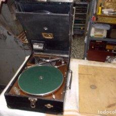 Gramófonos y gramolas: GRAMOLA HIS MASTERS VOICE FUNCIONANDO. Lote 64589259