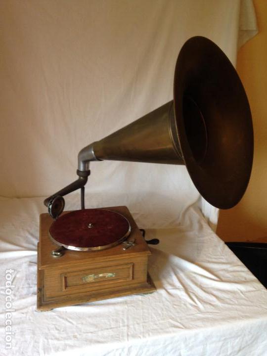 PIEZA DE COLECCIONISTA. GRAMOLA MARCA IDEAL. (Radios, Gramófonos, Grabadoras y Otros - Gramófonos y Gramolas)