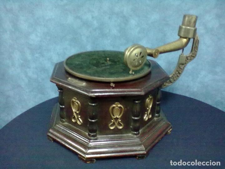 Gramófonos y gramolas: GRAMOFONO OCTOGONAL PARA ARREGLAR - Foto 3 - 69586001