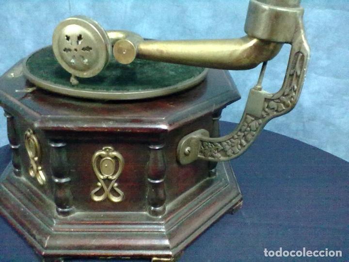 Gramófonos y gramolas: GRAMOFONO OCTOGONAL PARA ARREGLAR - Foto 4 - 69586001