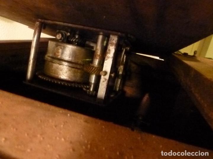 Gramófonos y gramolas: caja de gramofono con trompa - Foto 2 - 70064569