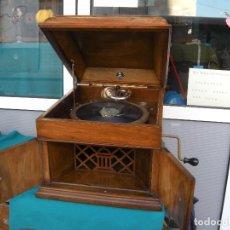 Gramófonos y gramolas: GRAMÓFONO GRAMOLA ODEÓN. FUNCIONA.. Lote 71683487