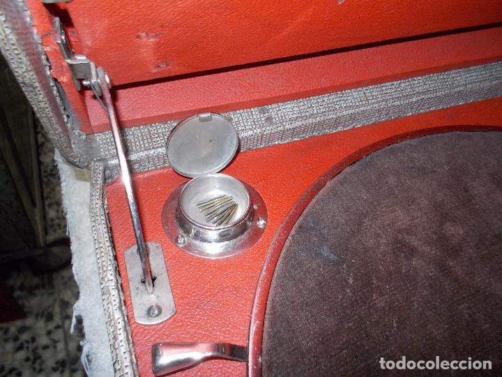 Gramófonos y gramolas: gramola de maleta victor funcionando - Foto 7 - 72885851