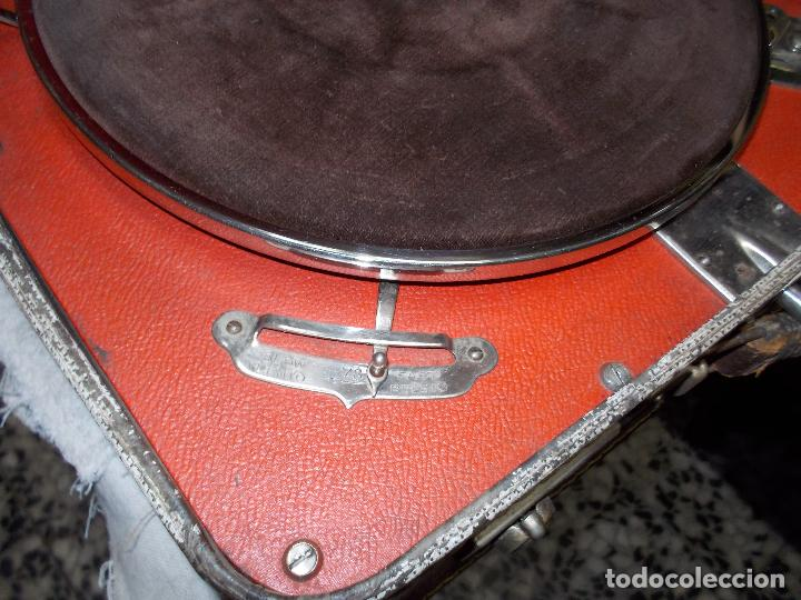 Gramófonos y gramolas: gramola de maleta victor funcionando - Foto 10 - 72885851