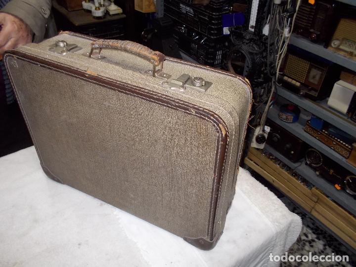 Gramófonos y gramolas: gramola de maleta victor funcionando - Foto 15 - 72885851