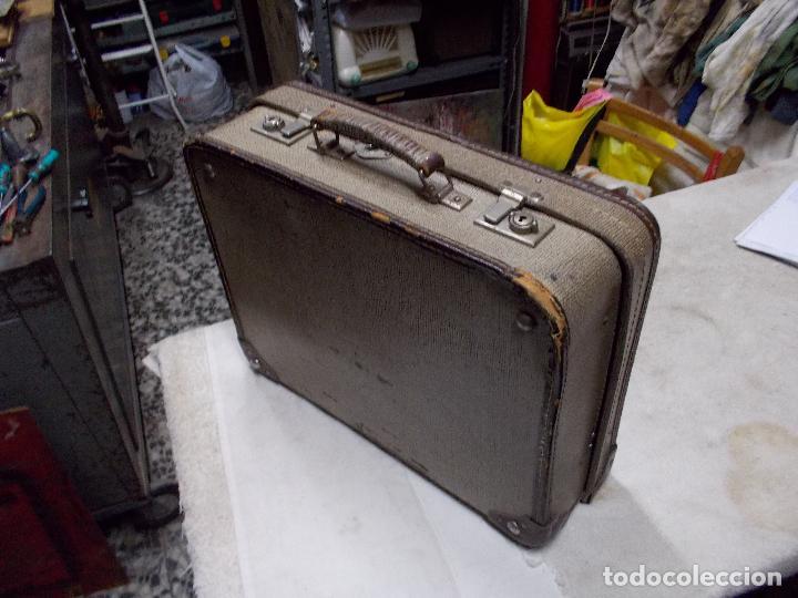 Gramófonos y gramolas: gramola de maleta victor funcionando - Foto 16 - 72885851