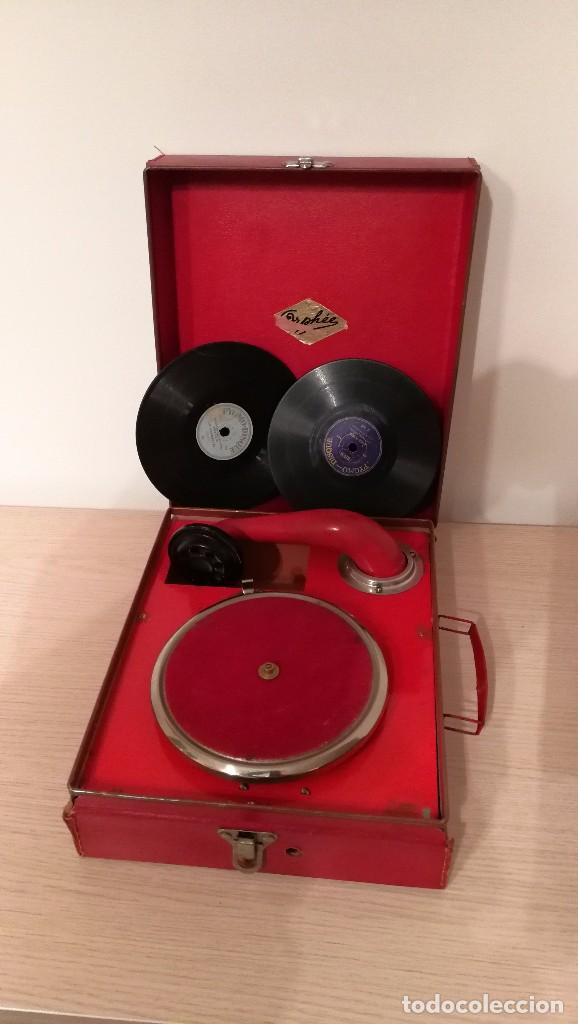 GRAMOFONO INFANTIL ORPHEE A CUERDA, EXCELENTE CON DOS DISCOS DE 16 CM (Radios, Gramófonos, Grabadoras y Otros - Gramófonos y Gramolas)